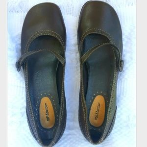 Croft and Barrow Rubber Bottom Flats Brown Color